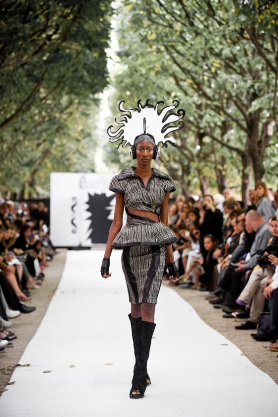 Fashion Week Paris, Jardin du Palais Royal, On Aura Tout Vu, mannequin