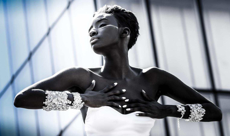 model black avec bijoux de white patina par on aura tout vu ete 2016