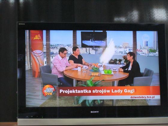 Livia Stoianova, Table, direct, Varsovie, tv