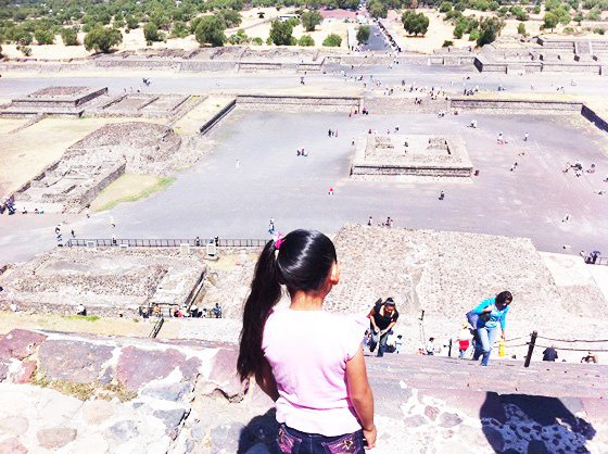 Pyramides, Teotihuacan, enfant