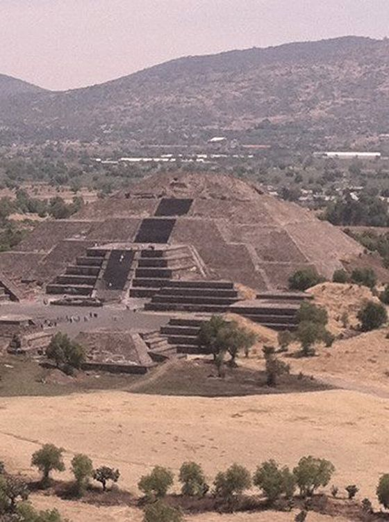 Pyramides, Teotihuacan, Mexico