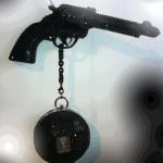 pistolet sac on aura tout vu by livia stoianova et yassen samouilov