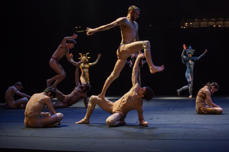 costumes on aura tout vu pour CarminaBurana grand theatre de geneve