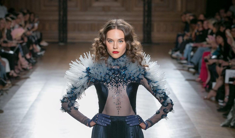 les models du show on aura tout vu couture coiffé par patrice piau