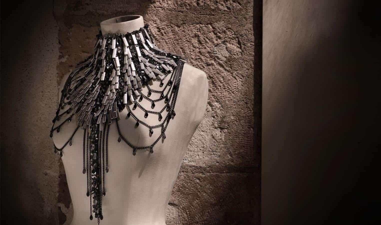 jewellery-by-on-aura-tout-vu-for-swarovski-world-jewelry-facets-2016-de-paris