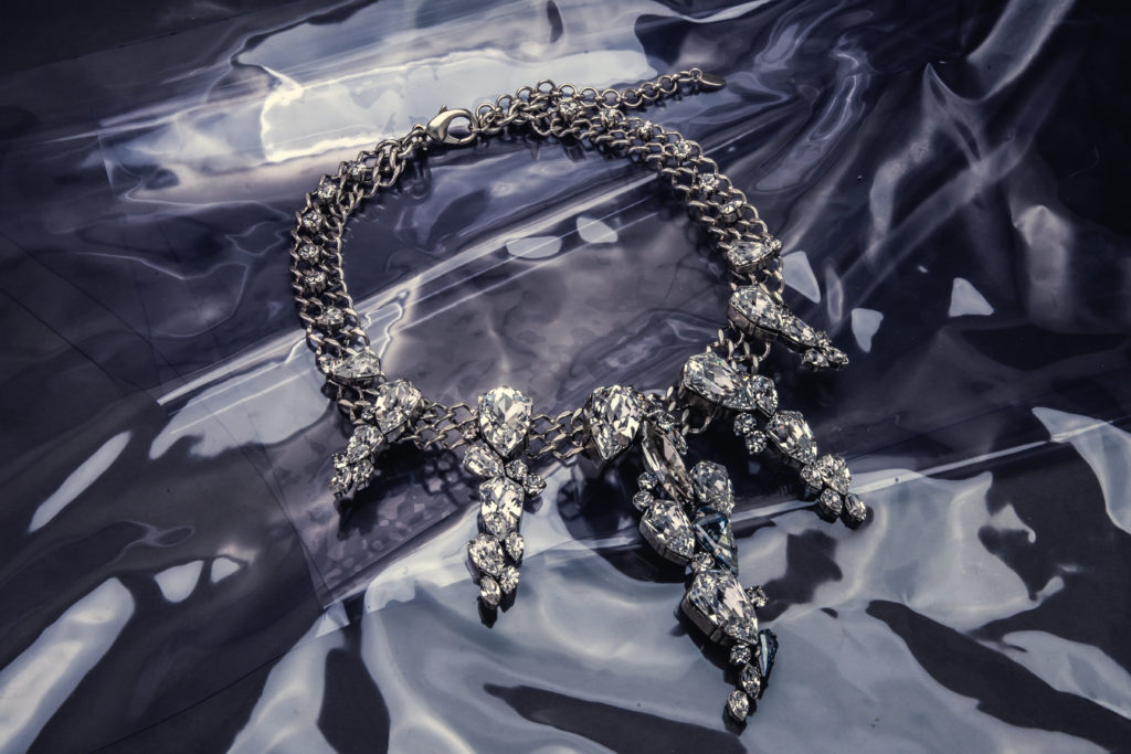unrivaled_jewellery_winter_18_19_by_on_aura_tout_vu (37)