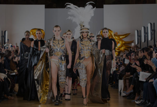 final fashion show on aura tout vu armor gold silver feathers