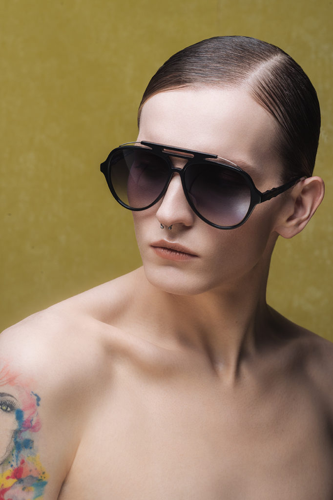 black aviateur eyewear sunglases for men by on aura tout vu